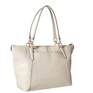 Bags - COACH leather bag white and gold Tote